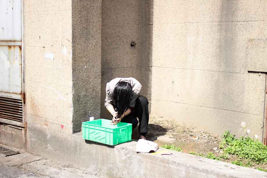 washing on the street