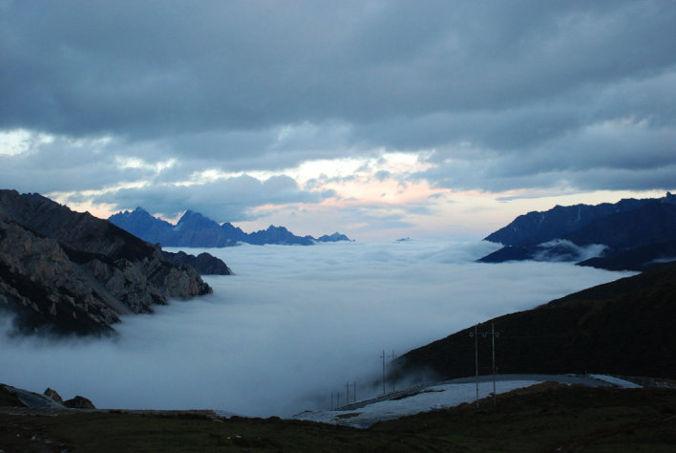 Jiuzhaigou cloud sea