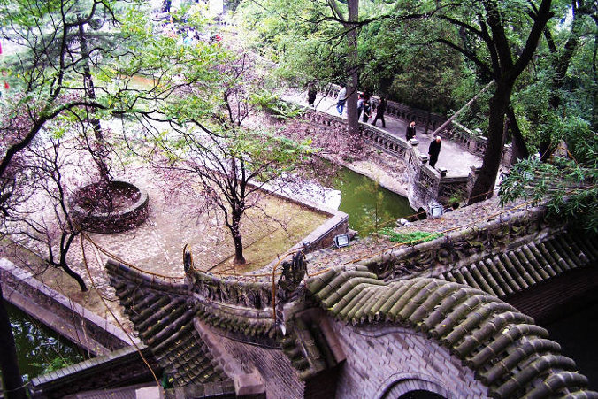 Hua Qing hot springs