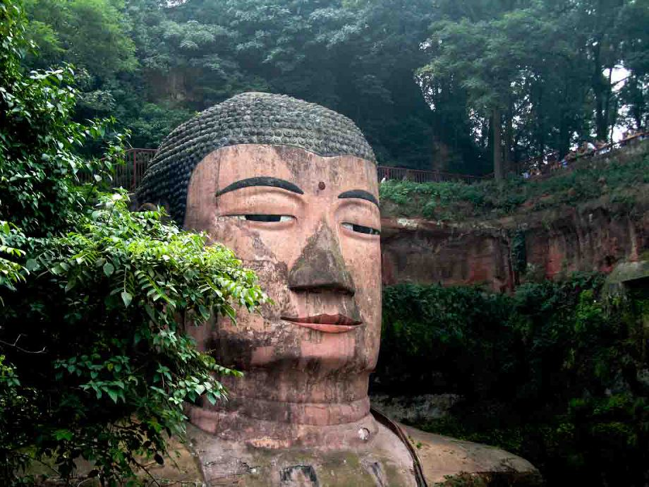 Eccezionale Leshan Giant Buddha in Sichuan Province - Photo Essays XN73