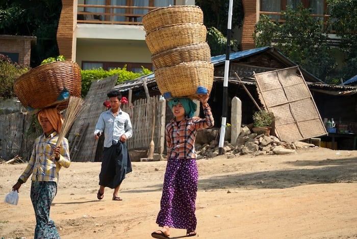 Women in longy along the banks