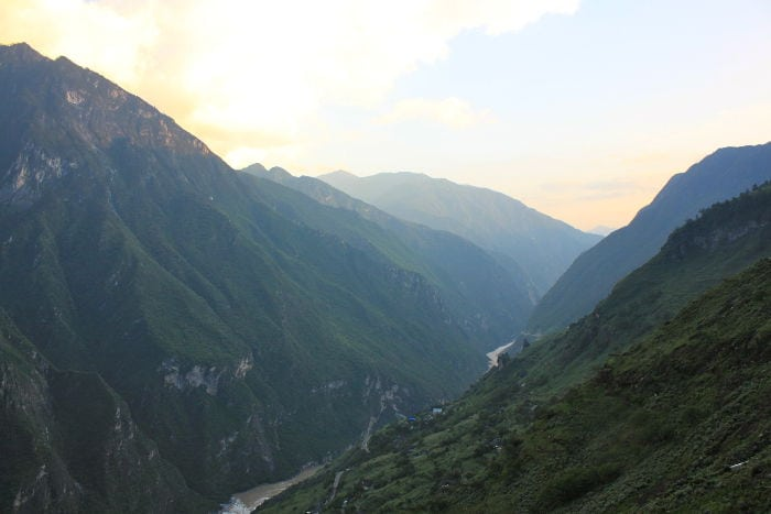 trip tiger leaping gorge