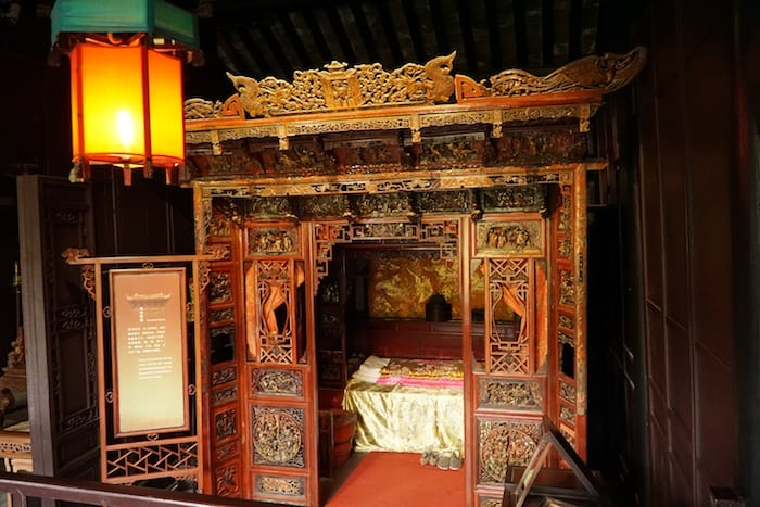 The main bedroon of the Sheng Residence