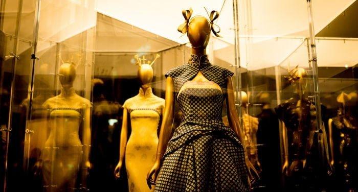 Chinese fashion in Hong Kong