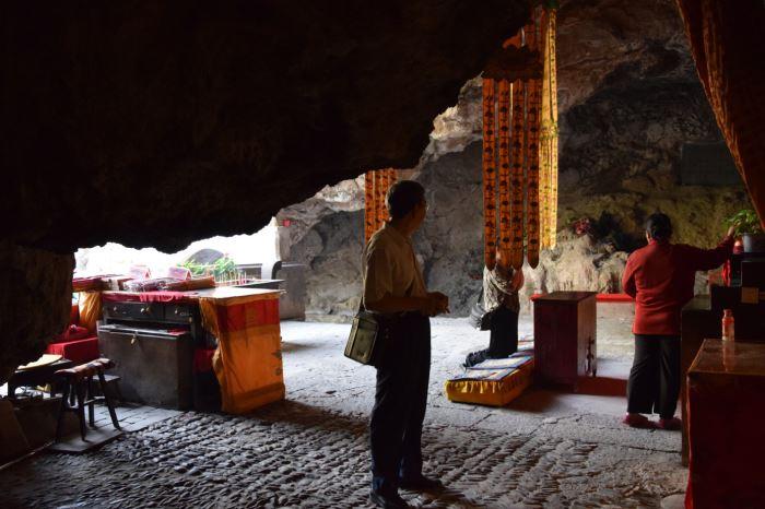 black dragon cave