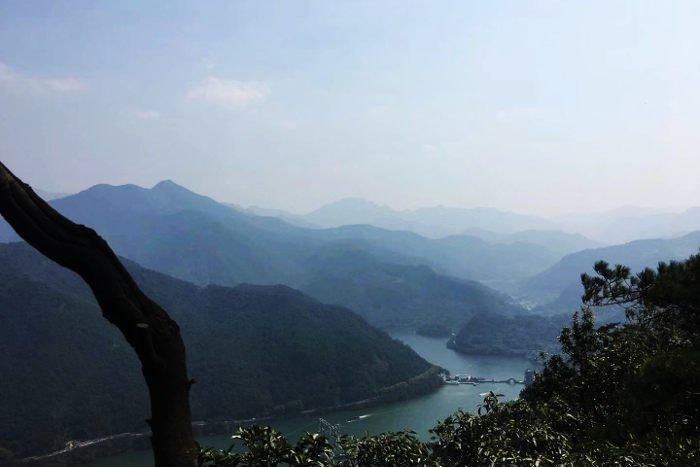 Traveling to Tonglu, in Zhejiang