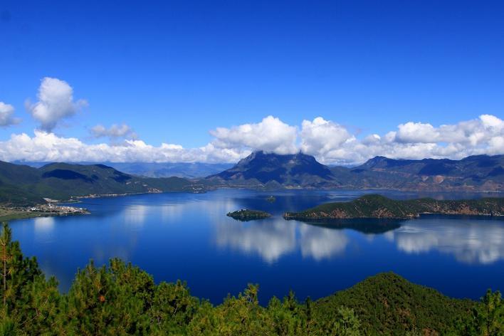lago lugu yunnan