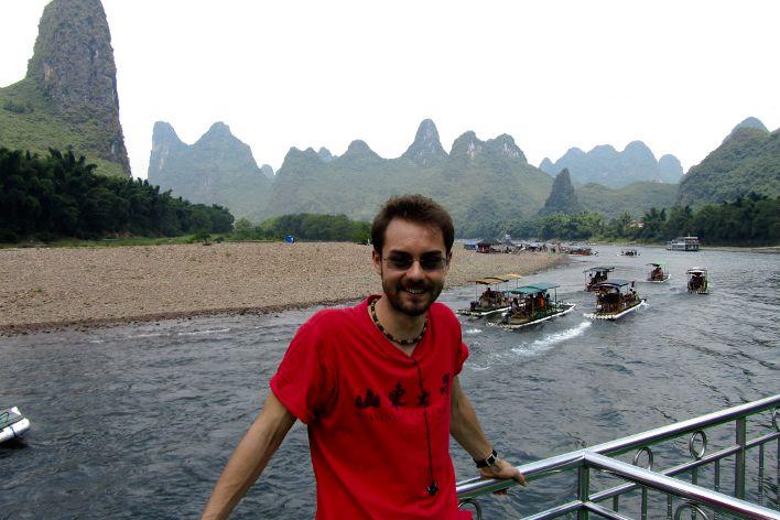 Crucero en el Río Li