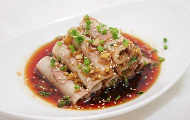 tiras de cerdo en salsa de ajo