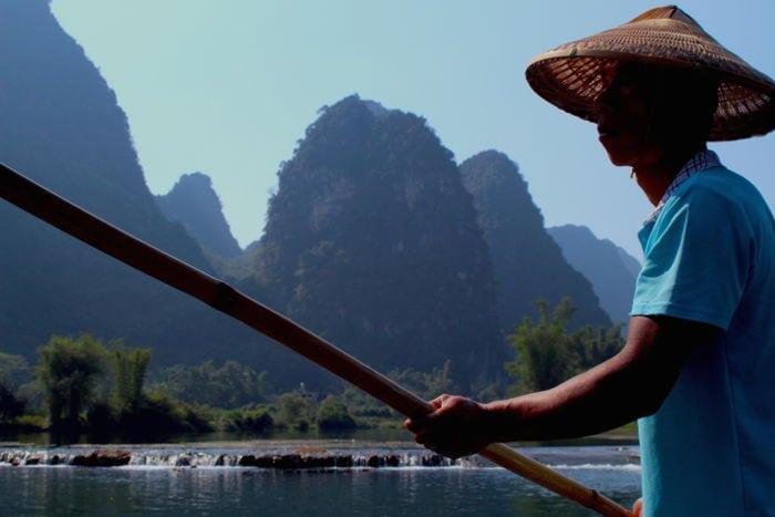 barquero en yangshuo