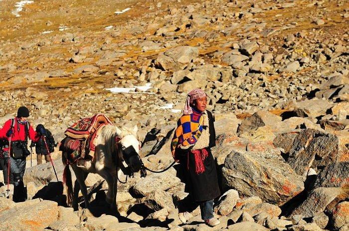 Jinete en la Kora de Kailash