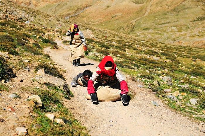 Peregrinos en la Kora de Kailash