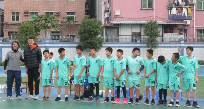 Enseñar educación física en Shenzhen, en China