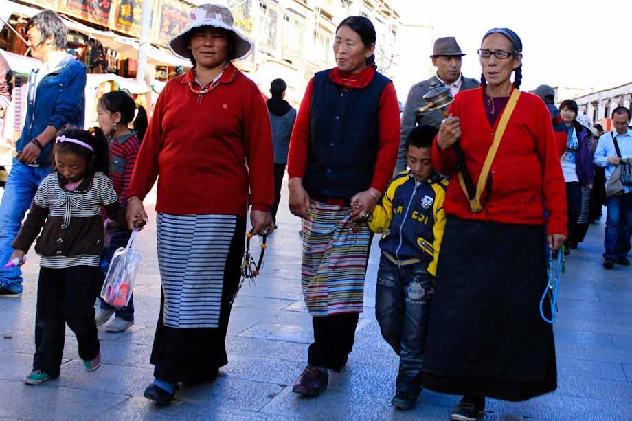 Facce tibetane