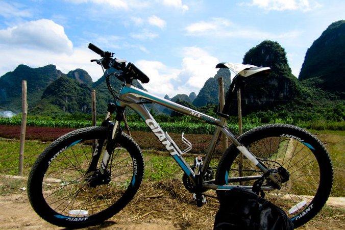 yangshuo in bici