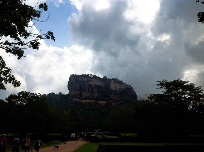 SIGIRYA roccia