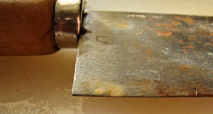 coltelli arrugginiti
