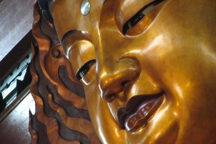Il Buddha al tempio Lingyin
