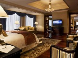 Thethe Ritz Carlton Guangzhou Is Located In The Tianhe District Featuring 351 Guestrooms Starting From Hotel S 20th Floor Luxurious When