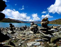 Laghi Tibetani